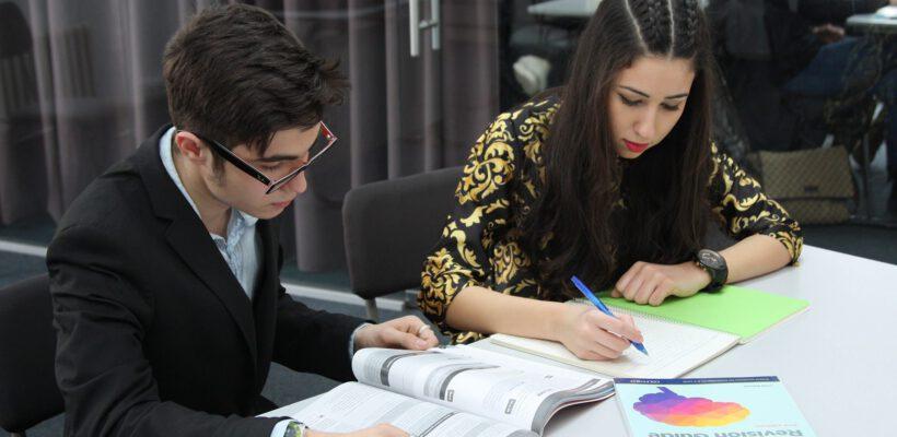 Приемни изпити по английски език и математика за 2017-2018 учебна година
