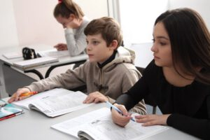 В софийската гимназия Darbi College се изготвя индивидуален учебен план на всеки ученик