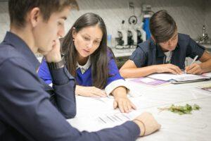 Кандидатстването в Кеймбридж е процедура с много стъпки със съотв. срокове